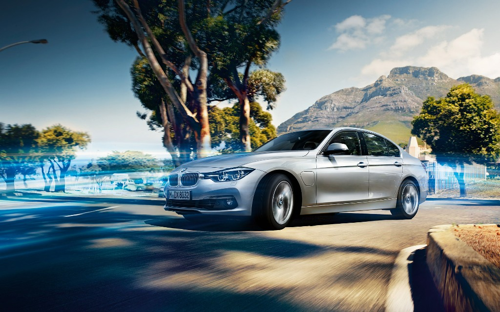 BMW-330e-Sedan Exclusive: Extra 2 New Models to BMW 3 Series