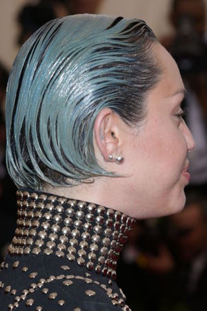 Miley-Cyrus The Worst Celebrity Hairstyles in 2015