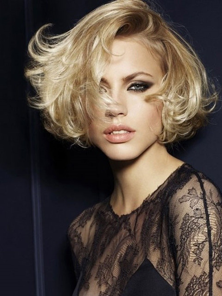 Short-Hairstyles-in-2015-41 75 Most Breathtaking Short Hairstyles in 2017