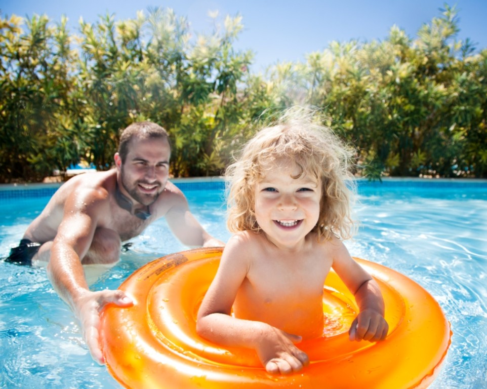 Swimming-Safety-Tips-20 13 Swimming Safety Tips You Have to Know before Going to the Beach