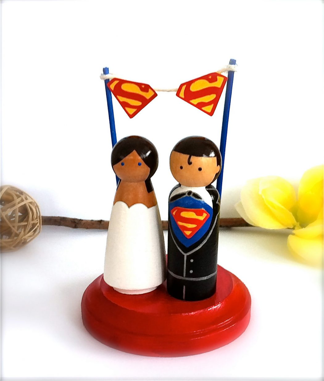 317564-superman-wedding-cake-topper-with-superman-by-creativebutterflyxox Top 10 Most Unique and Funny Wedding Cake Toppers 2019