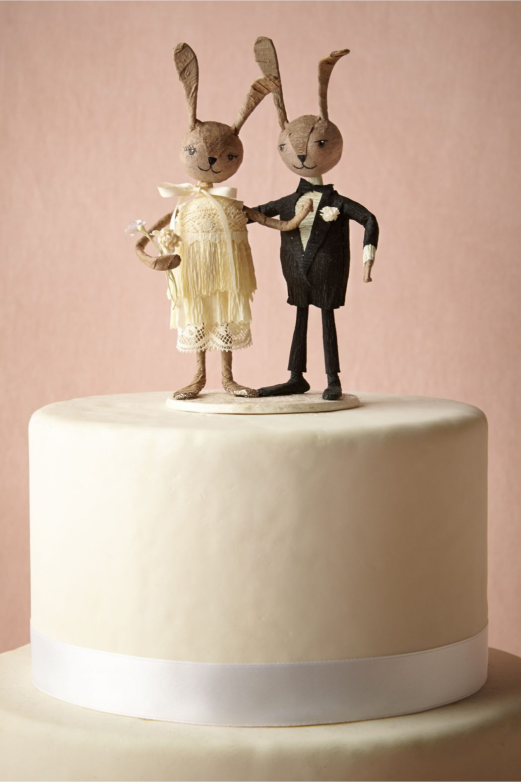 31959166_015_a Top 10 Most Unique and Funny Wedding Cake Toppers 2019