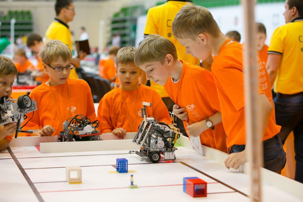 8_31 Top 10 Robotics Competitions Ever