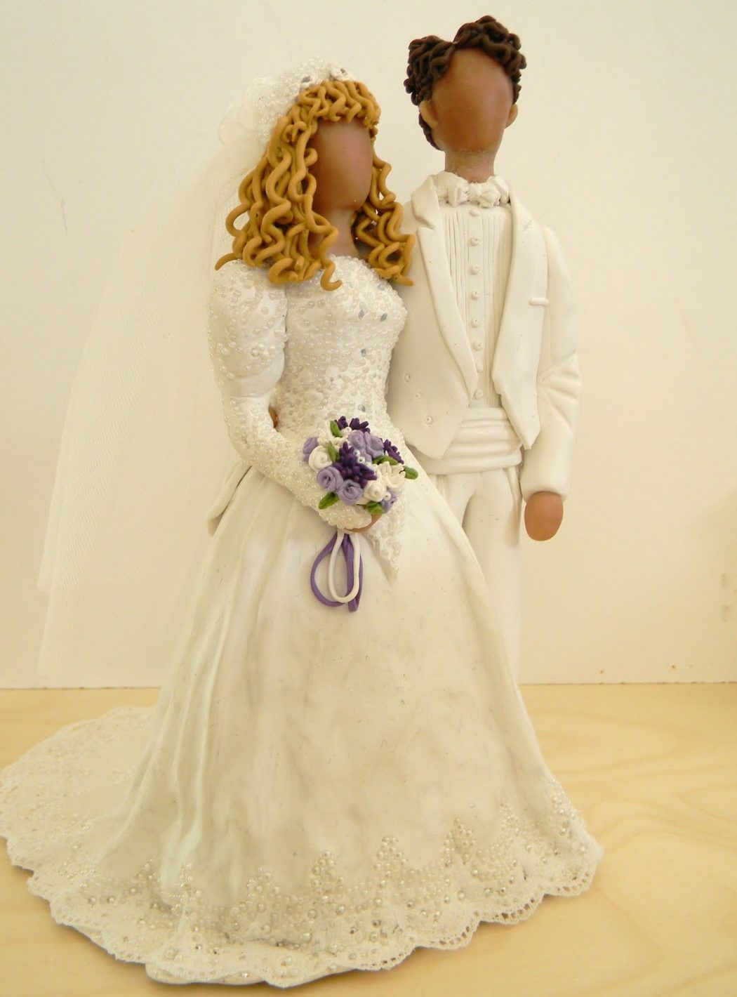DSCN1949 Top 10 Most Unique and Funny Wedding Cake Toppers 2019