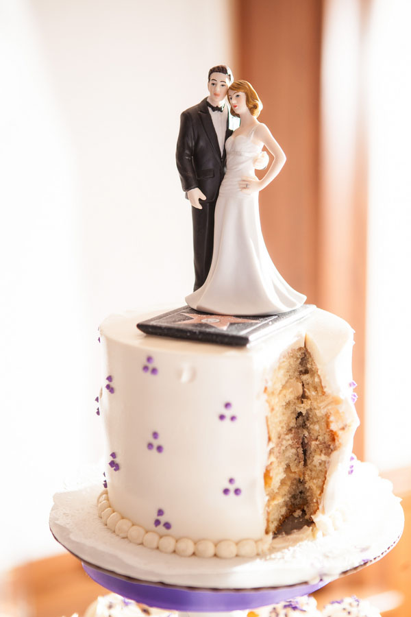 Holden_Price_Paul_Retherford_Wedding_Photography_SaraJason2419_low Top 10 Most Unique and Funny Wedding Cake Toppers 2017