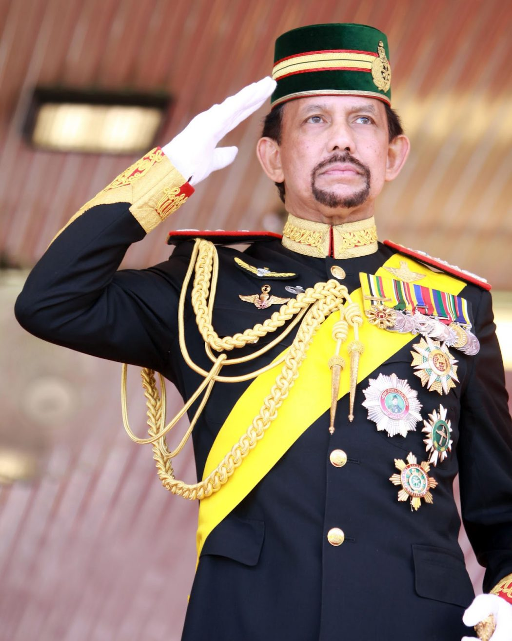 Sultanul_Hassanal_Bolkiah Top 10 Richest Presidents in the World