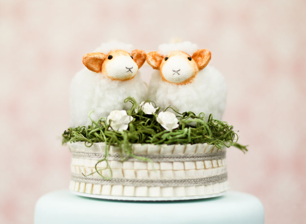 Wedding-Cake-Toppers-Bridal-24 Top 10 Most Unique and Funny Wedding Cake Toppers 2019