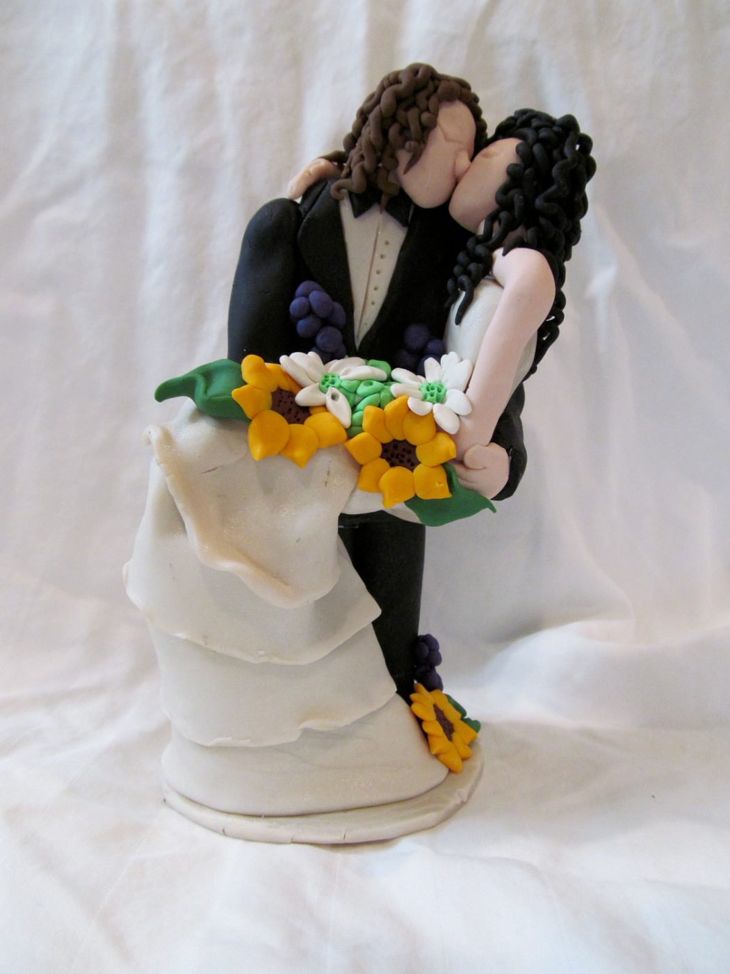 il_fullxfull.333177412 Top 10 Most Unique and Funny Wedding Cake Toppers 2019