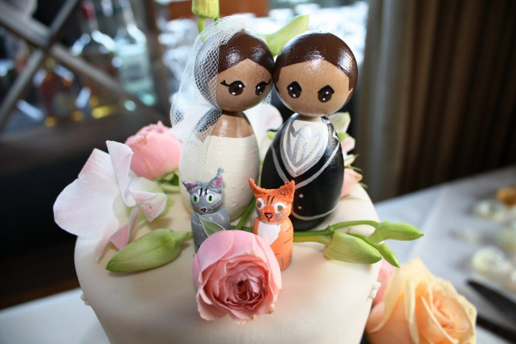 il_fullxfull.367044286_ig5i Top 10 Most Unique and Funny Wedding Cake Toppers 2019