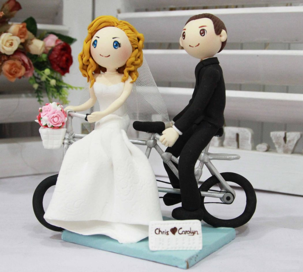 il_fullxfull.476511411_cdjb Top 10 Most Unique and Funny Wedding Cake Toppers 2019