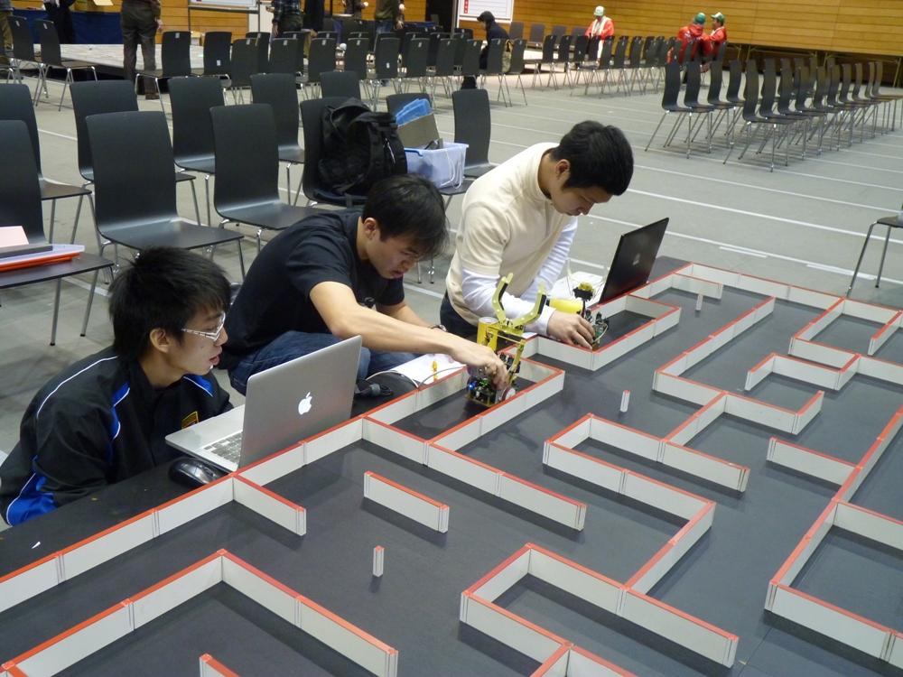 microclipper Top 10 Robotics Competitions Ever