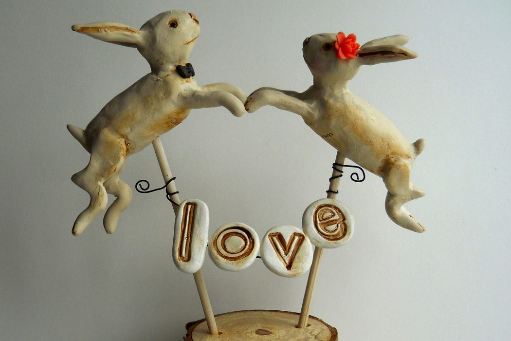 rustic-bunny-wedding-cake-topper.original Top 10 Most Unique and Funny Wedding Cake Toppers 2017