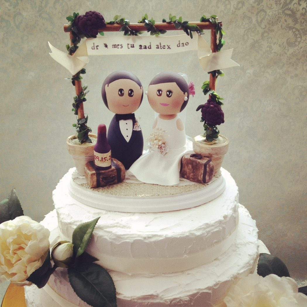 vintage-wedding-cake-toppers-etsy-vtqskosz8 Top 10 Most Unique and Funny Wedding Cake Toppers 2017