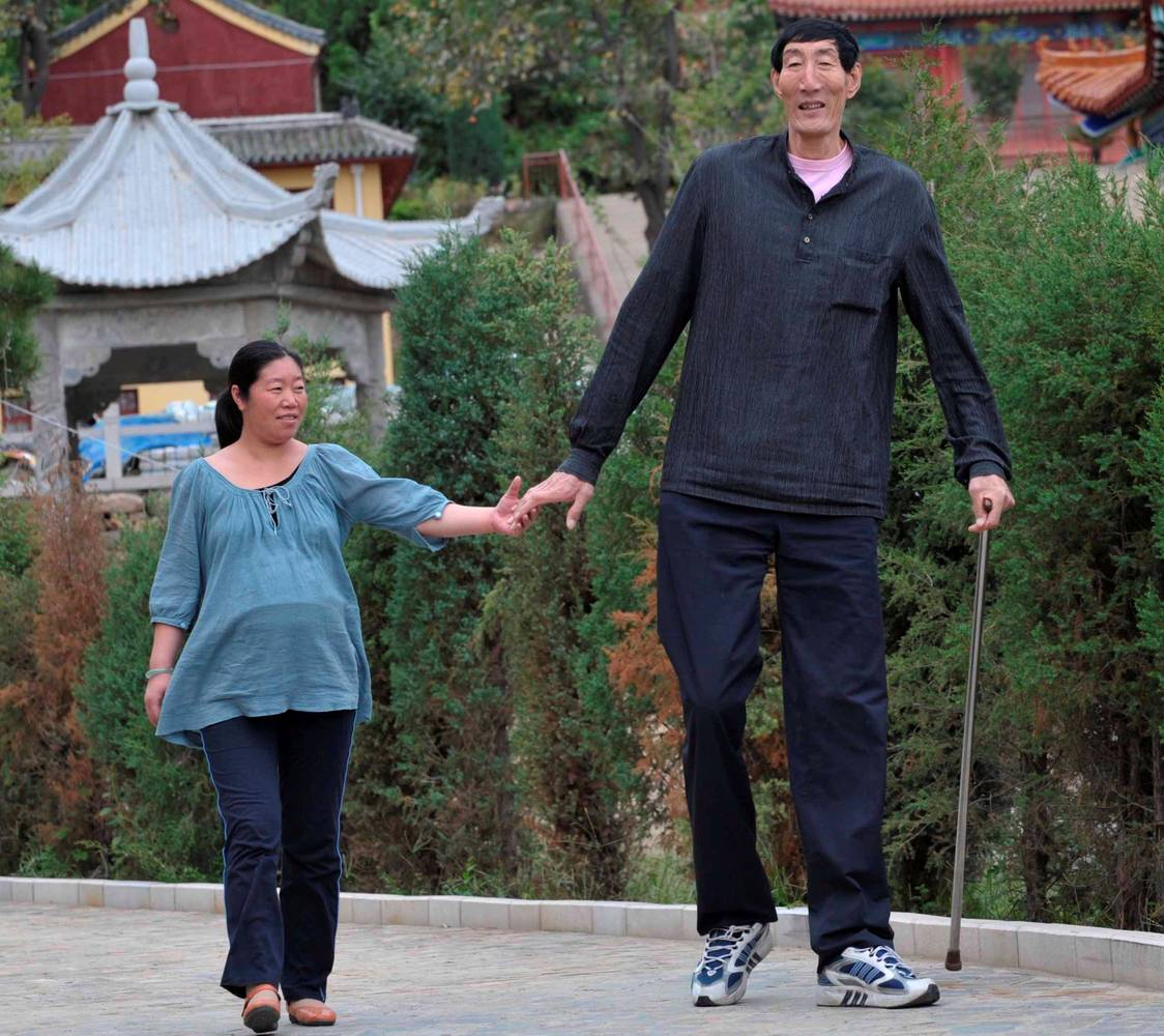 0-92998-celmaiinaltomdinlumeepa_e7efa8dc2f Top 10 Tallest Persons of the World