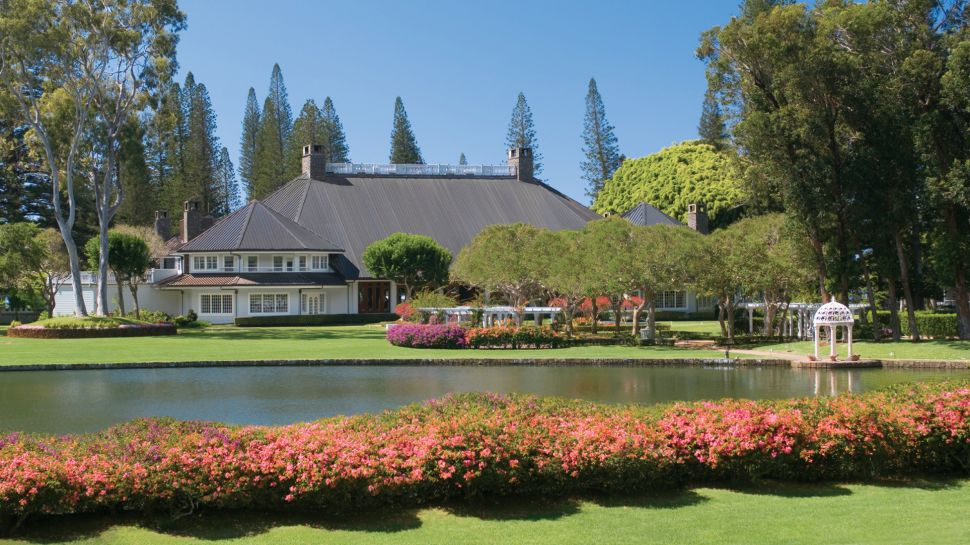 000676-01-exterior-daytime Top 10 Best Hotels in USA You Can Stay in