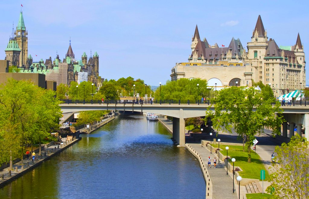 2499883760_25dd3fb798_o Top 10 Best Cities in Canada to Work