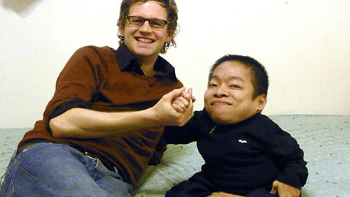 6-Lin-Yü-chih–26.6-inches Top 10 Smallest Persons in the World