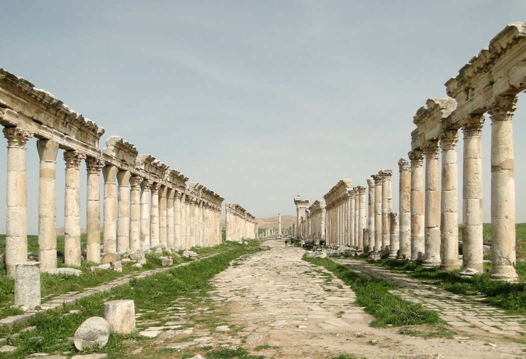Apamea_02 Top 10 Most Ancient Cities in Arabic Countries