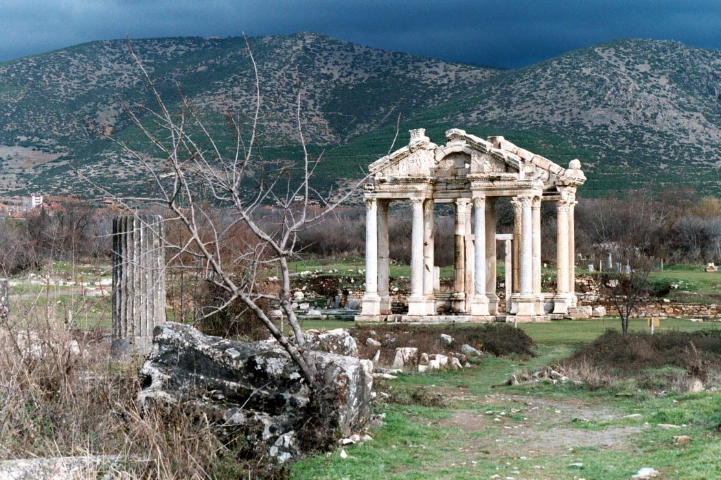 Aphrodisias_the_Tetrapylon Top 10 Most Ancient Ruins in Turkey