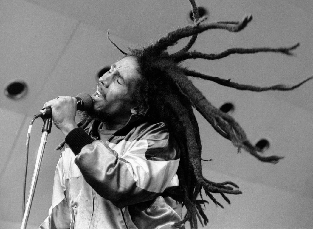 Bob-Marley-3 Everyone Loves These 10 Musicians