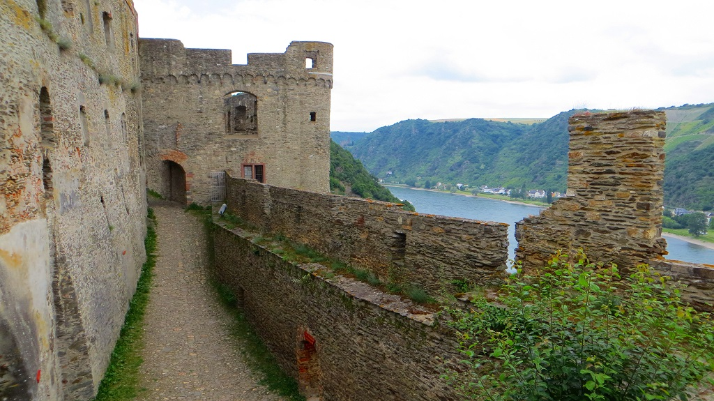Rheinfels-and-Rhein Top 10 Biggest Castles in History