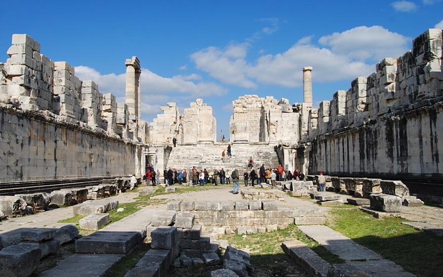Turkey_Didyma_Temple Top 10 Most Ancient Ruins in Turkey