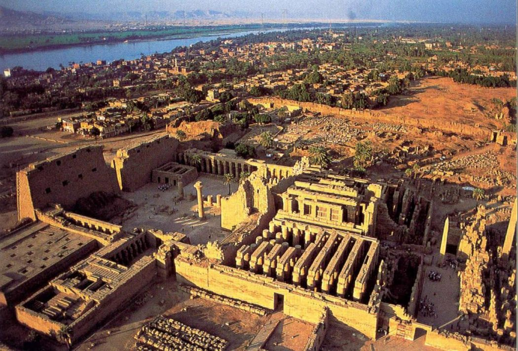 arial_hypostyle1 Top 10 Most Ancient Lost Cities in the World