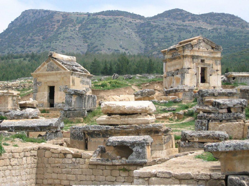 db8e1af0cb3aca1ae2d0018624204529_03-01-14_1388749302 Top 10 Most Ancient Ruins in Turkey
