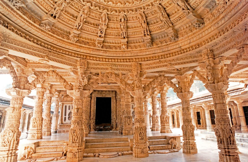 dilwara-temple-mount-abu Top 10 Most Ancient India Artifacts Ever