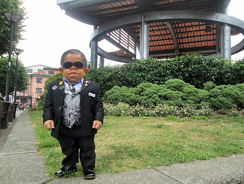 file_20150130153255 Top 10 Smallest Persons in the World