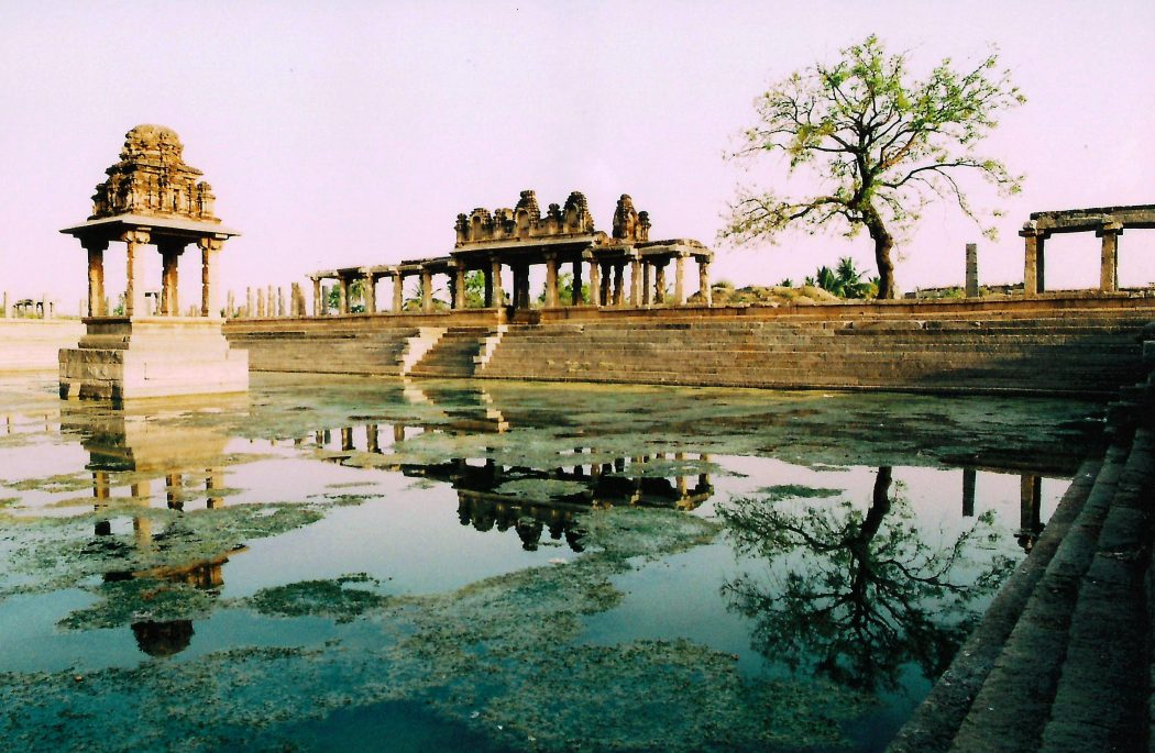 hampi-pool-2 Top 10 Most Ancient India Artifacts Ever