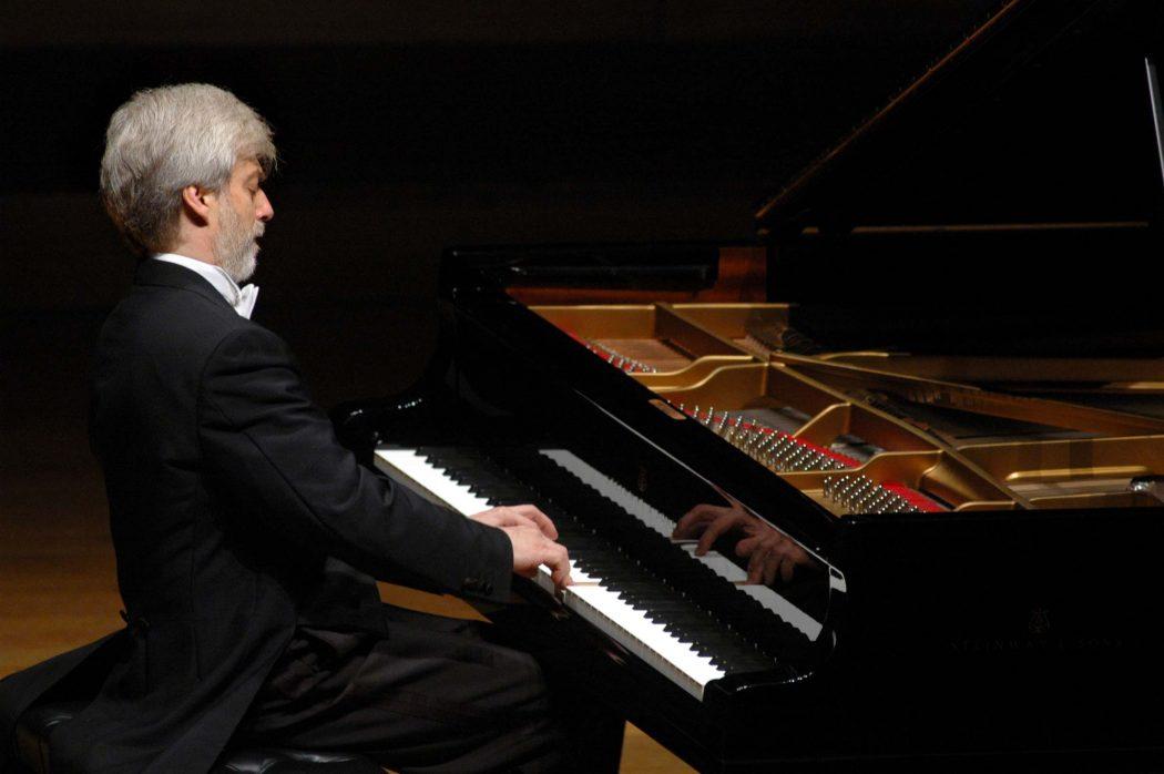 krystian-zimerman-foto-roberto-serra Top 10 Best Pianists Alive