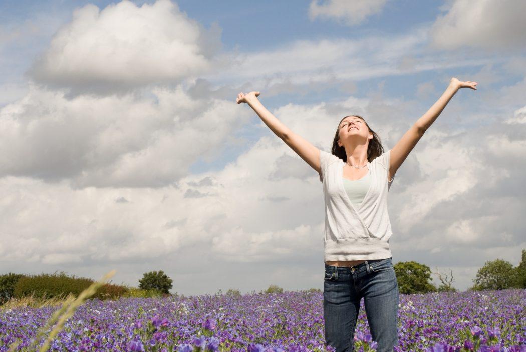 lady-breathing Top 10 Ways Successful People Keep Calm