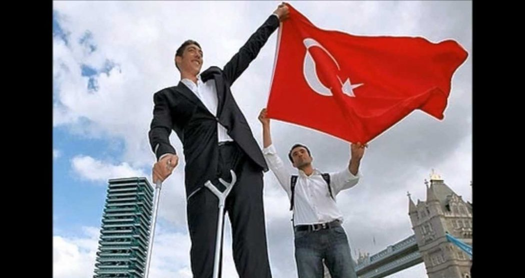 maxresdefault1 Top 10 Tallest Persons of the World