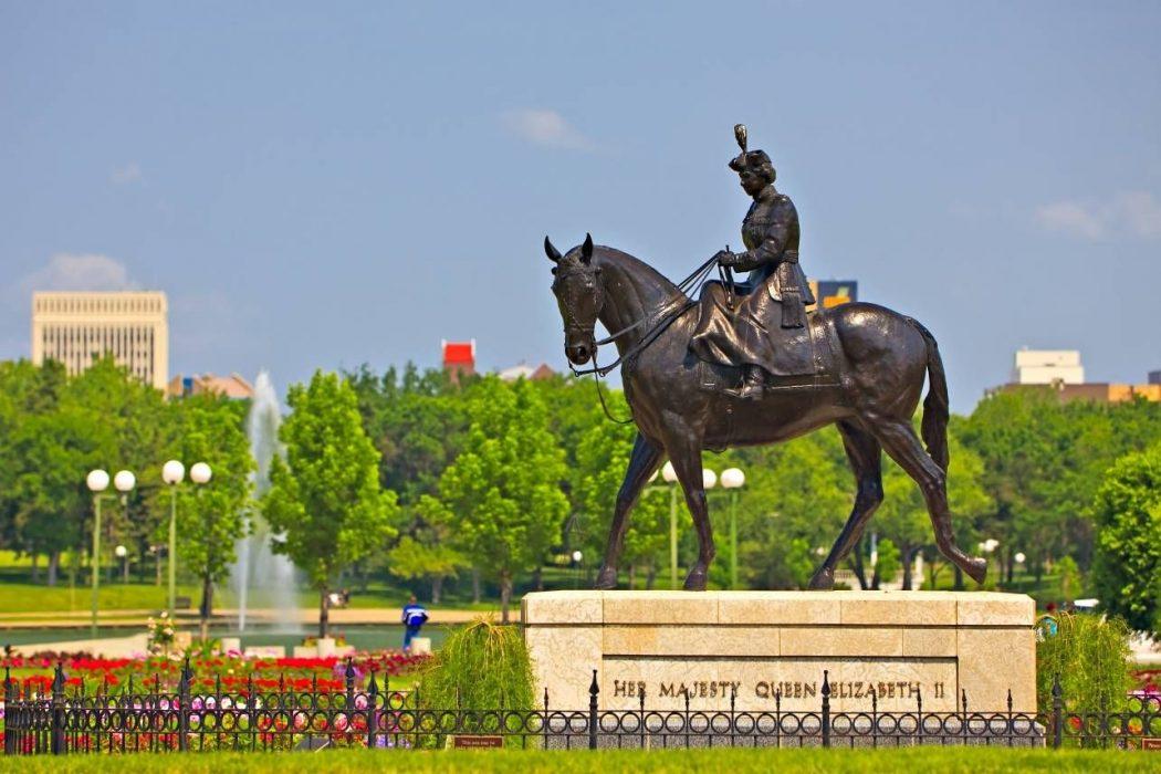 queen-elizabeth-ii-gardens-city-of-regina-saskatchewan-canada-485 Top 10 Best Cities in Canada to Work