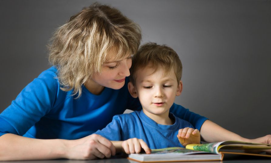 reading-best-method Top 10 Ways to Motivate Your Child to Love Reading