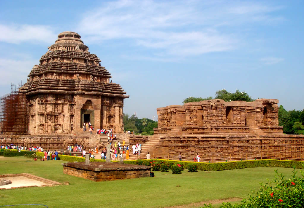 sun-temple Top 10 Most Ancient India Artifacts Ever