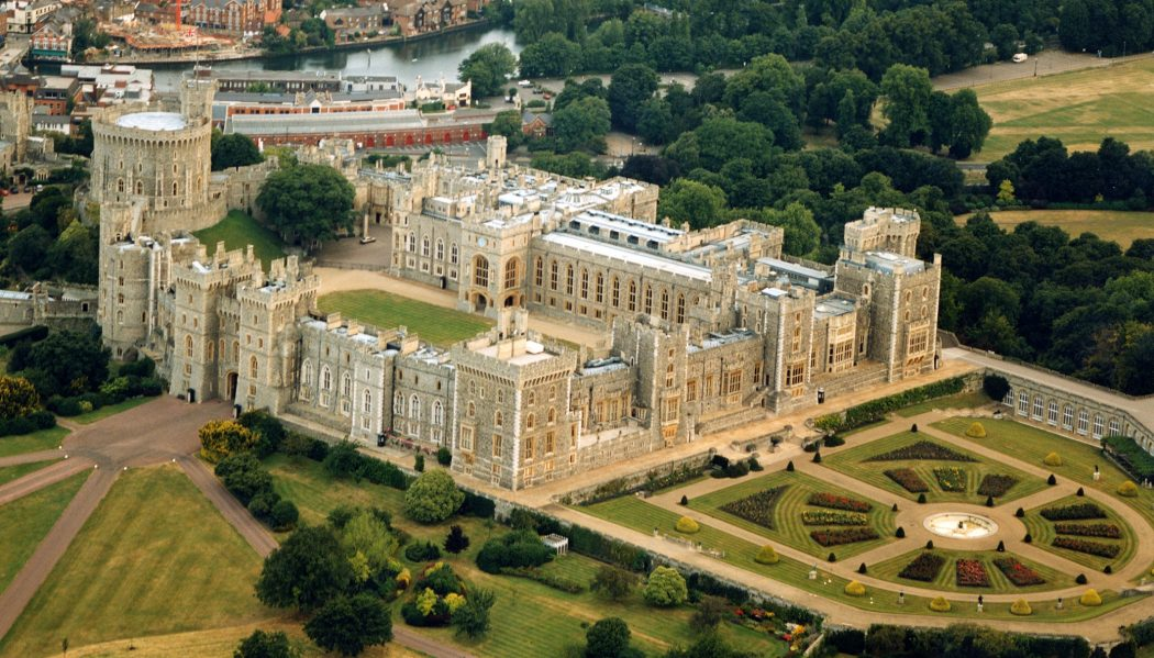 windsor_1 Top 10 Biggest Castles in History