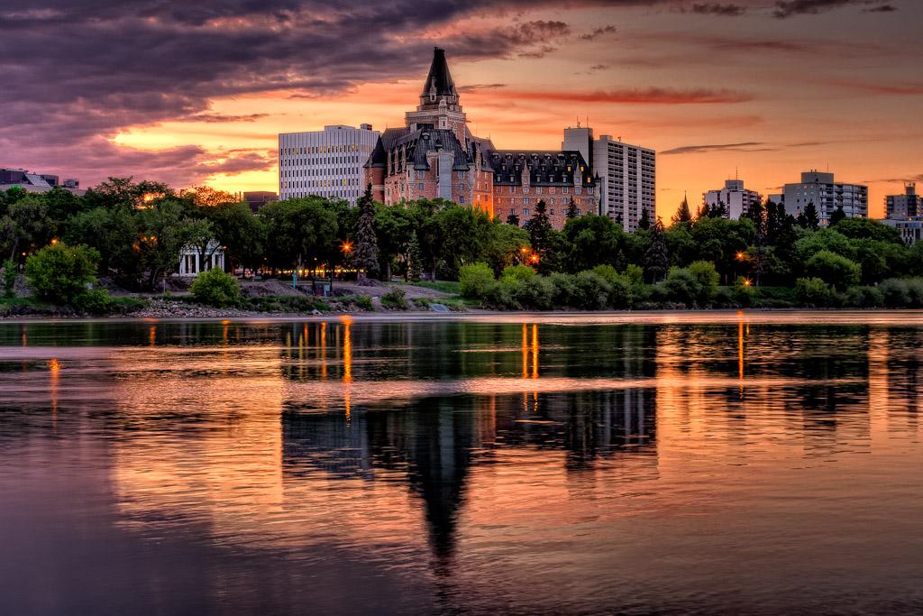 xSaskatoon-3.jpg.pagespeed.ic_.OORA1Bvupp Top 10 Best Cities in Canada to Work