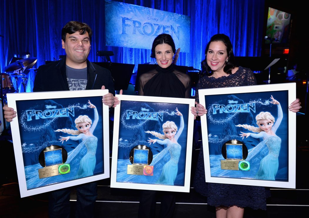02-2014-Frozen-Idina Top 10 Things You Should Know About Frozen