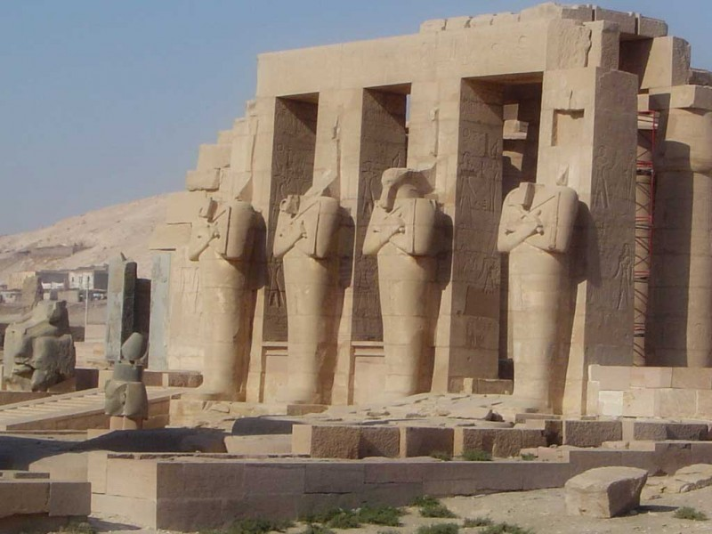 735982664_temple-of-hathor-egypt Top 10 Most Ancient Cities in Arabic Countries