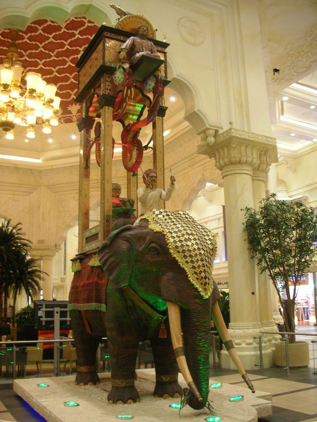 Elephant_clock_Dubai Top 10 Muslim Inventions