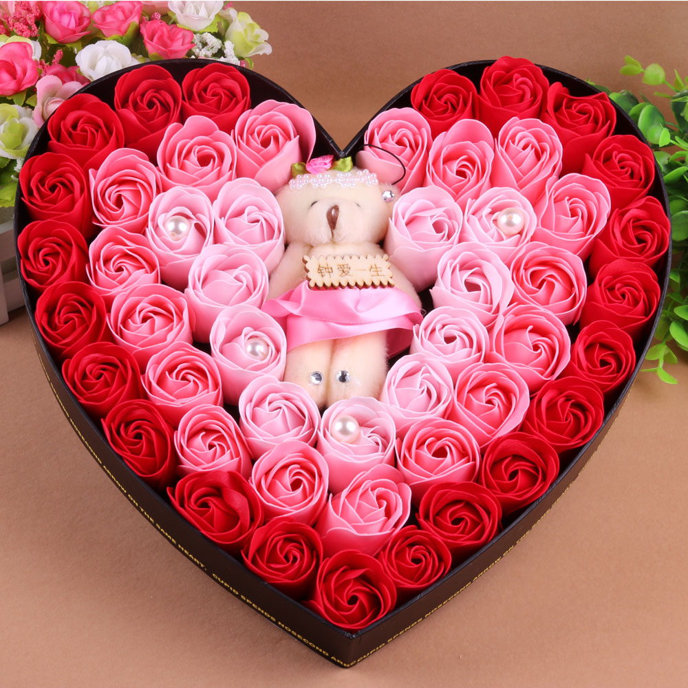 Girlfriend-gifts-to-send-the-teacher-gift-box-set-16-rose-soap-flower-soap-flower-bear Top 10 Ideas for the Valentine