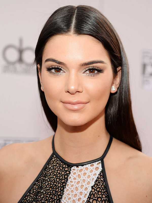 kendall-jenner-1-600x800 Top 10 Most Famous Celebrities Ever