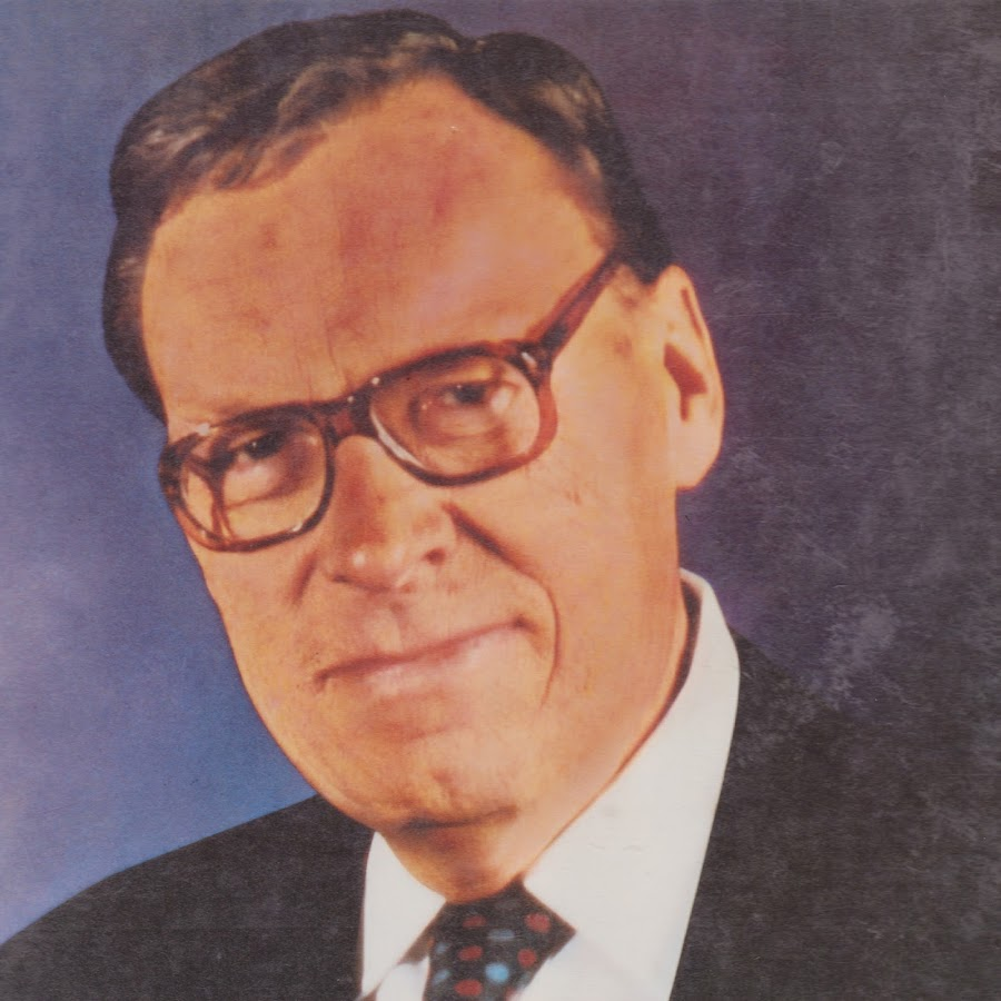 photo Top 10 Most Famous Earl Nightingale Quotes