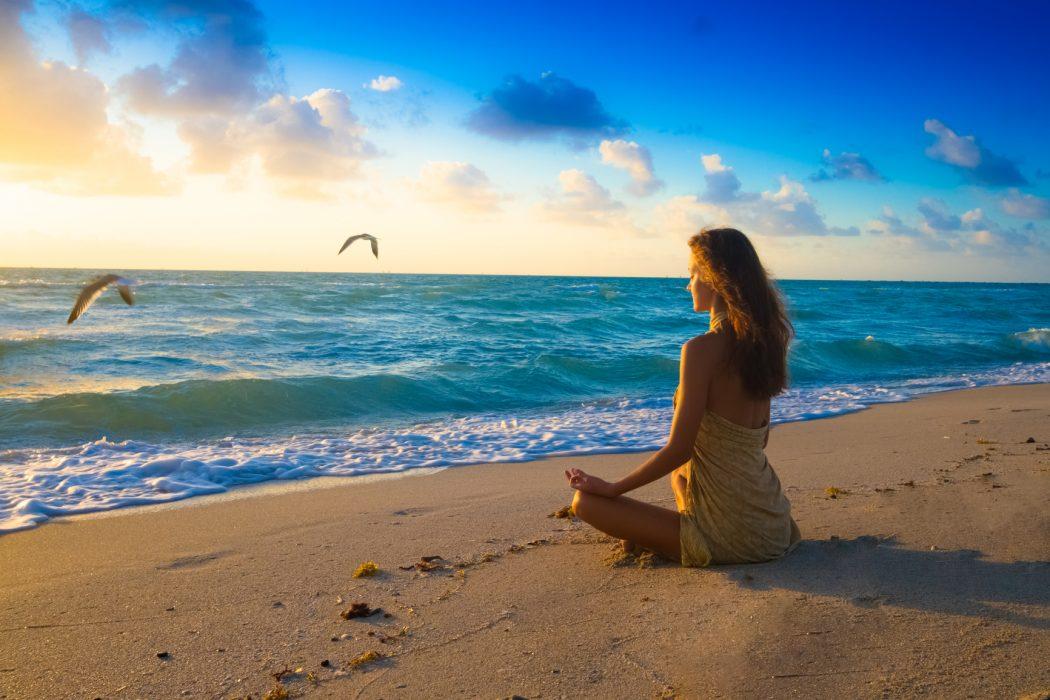 photodune-5641418-morning-meditation-m Top 10 Ways to Maintain Your Focus