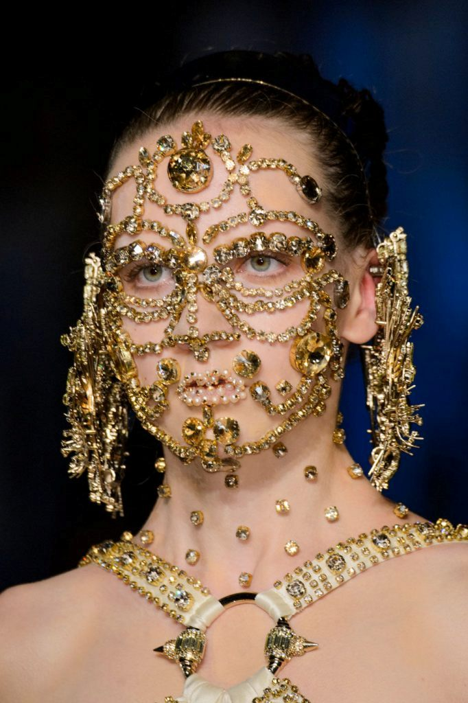 body-jewelry 65+ Hottest Jewelry Trends for Women in 2019