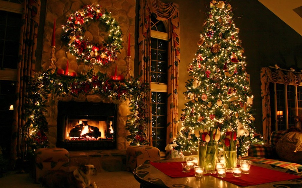 christmas-decoration-2016-14 69 Stunning Christmas Decoration Ideas 2018-2019