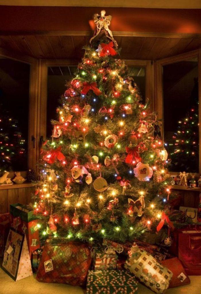 christmas-decoration-2016-21 69 Stunning Christmas Decoration Ideas 2020