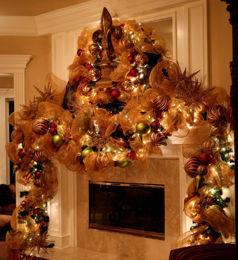 christmas-decoration-2016-40 69 Stunning Christmas Decoration Ideas 2018-2019